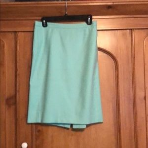 J. Crew Skirts - J Crew SZ 8 pencil skirt cotton